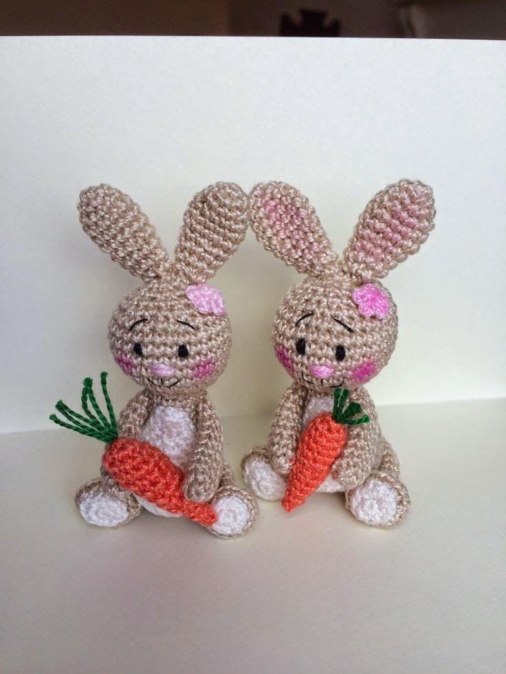 CROCHET - EASTER BUNNY / LAPIN DE PÂQUES / PAASHAAS - FREE - Crochet Easter bunny