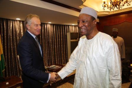 Politique:Tony Blair très confiant en l'avenir de la Guinée