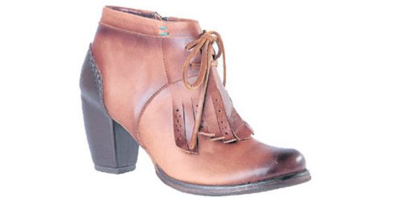 zapatos Velez 2014 botines marrón flequillos tacón de madera