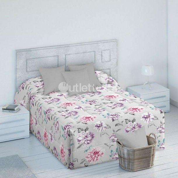 Edredón Conforter SUNY de la firma Barbadella Home. Presenta un estampado floral con elq ue le podrás dar un ambiente de buenas vibraciones y alegría a tu habitación.