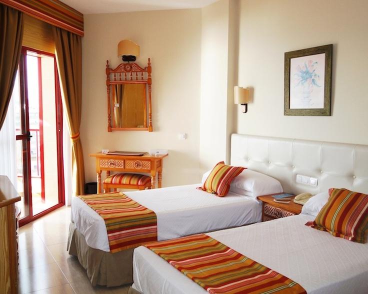 Habitación estándar - Standard room  Hotel Angela. Fuengirola, Costa del Sol. SPAIN