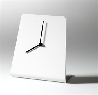 The elegant white table clock. From the Swedish company SMD Design.