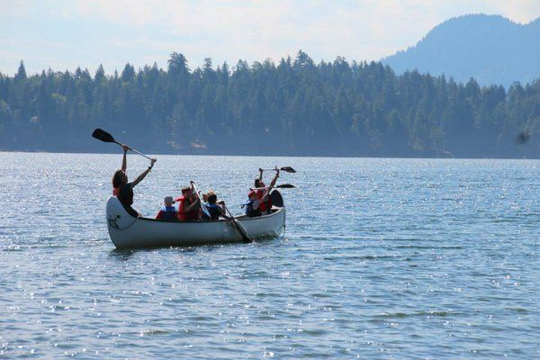 Campers from D-Camps on a canoe trip. D-Camps is the CDA's camping program for children with type 1 diabetes.
