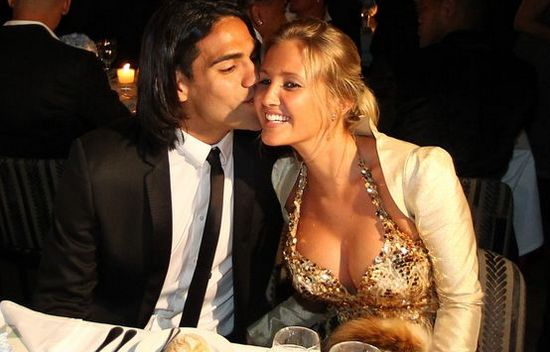 Top 10 Must-Watch Hottest Football WAGs 2015