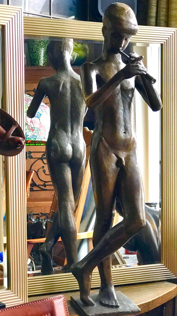 """Klein jürgen , 1904 - 1978 ; FLÖTENSPIELER ; Bronze ca. 80 cm h. Signiert : """" J. KLEIN """" Gießermarke : """" GUSS W. FÜSSEL 1 BERLIN 10 """"."""