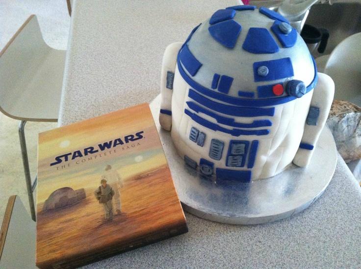 r2d2 cake | food | Pinterest | R2d2 Cake and Cakes