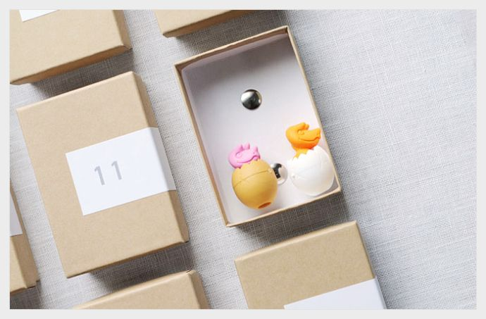 minimal advent calendar - i always love shim & sons for her simple, modern, & clean projects.: Holiday Ideas, Calendar Ideas, Advent Calendar, Christmas Holiday, Of Advent, Christmas Ideas, Craft Ideas, Advent Ideas, Jewelry Boxes