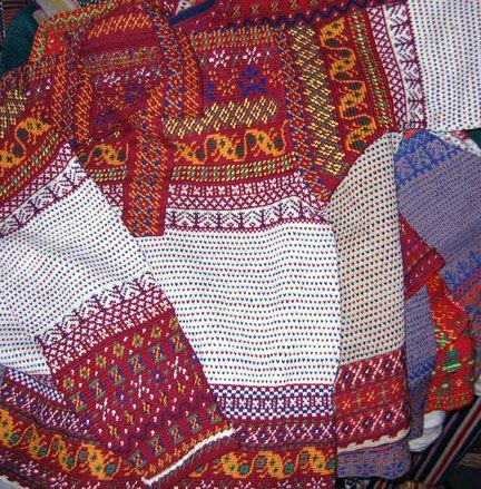 Tapestry crochet.... very interesting.