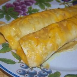 Creamy Chicken Enchiladas on BigOven: My take on simple and delicious, this recipe can be refrigerated for later use or eaten when you make it!Creamy Chicken Enchiladas, Enchiladas Chickenenchiladas, Favorite Recipese Recipe, Enchiladas Recipe, Chicken Chickenenchiladas, Easy Meals, Favorite Recipesrecip, Simple Recipe, Recipe Chicken