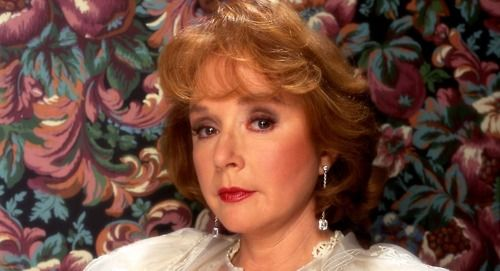 Piper Laurie On Her Big Twin Peaks Secret