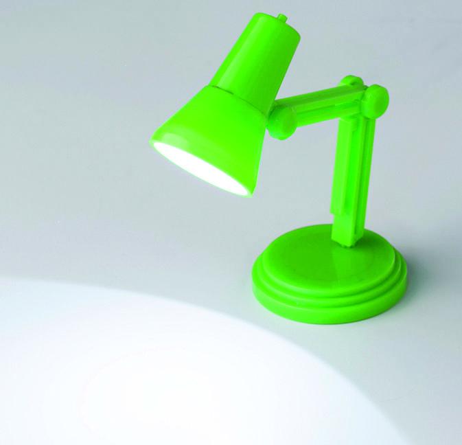 Leuk accessoire voor op het bureau! - kunststof bureaulampje met wit ledlampje - met clip om handig aan uw boek te bevestigen - aan/uit knop en anti-slip voetstuk - formaat: 9,7 x 6,9 x 4,6 cm  - Leeslampjes bedrukken mogelijk vanaf 120 stuks