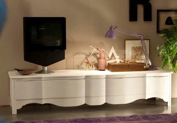 """MM634 low sideboard tv. That small detail that makes the difference and makes it an """"original"""" Marchetti piece. 100% hand made in Italy www.marchettimaison.com"""