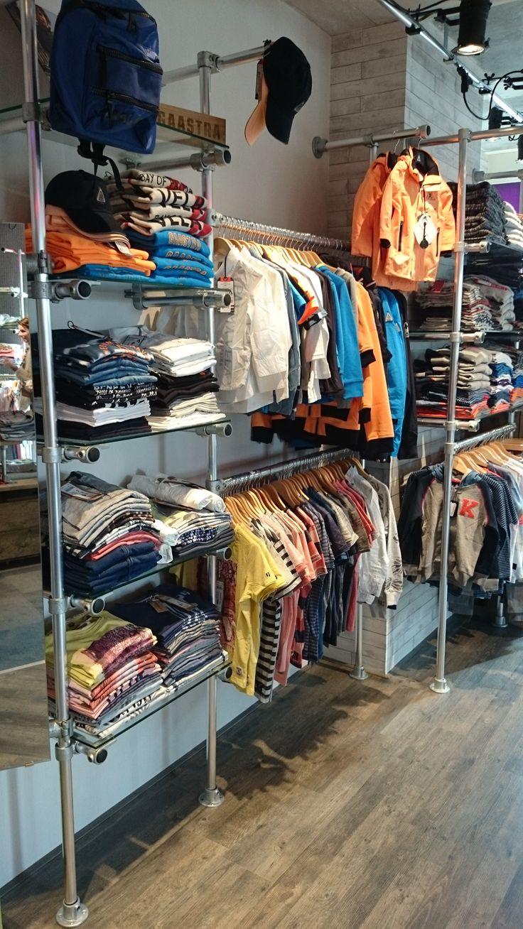 Kinderkledingwinkel @Kidswear (www.kidswear.nl) is helemaal ingericht met de #buizen en #buiskoppelingen van www.buiskoppelingshop.nl    Zie hier het eindresultaat, onze complimenten!  #kleding #winkel #kledingrek