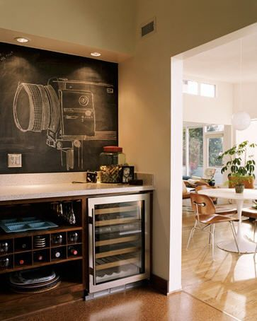 Obsessed with cool uses for Chalkboard paint: Dining Rooms, Butler Pantries, Chalkboards Paintings, Wall Accent, Chalkboards Drawings, Wine Bar, Bar Area, Chalkboards Wall, Accent Wall