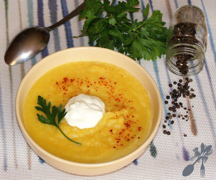 <center>Kalafiorowa zupa - krem z czosnkiem</center>