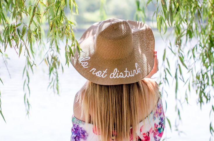 Summer wardrobe – the midi floral dress