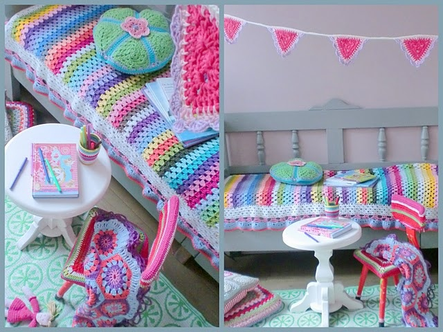 So cute colors: Crochet Blankets, Colors Crochet, Hooks, Easy Crochet Blanket, Hooks And, And More, Girls Rooms, Colors Inspiration, Kids Rooms