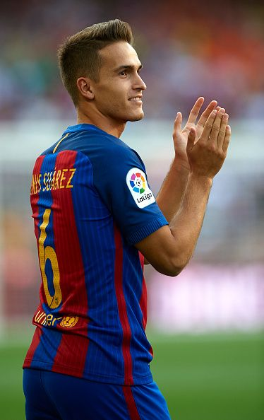 Denis Suarez of FC Barcelona waves during the team official presentation ahead of the winning the Joan Gamper trophy match between FC Barcelona and...