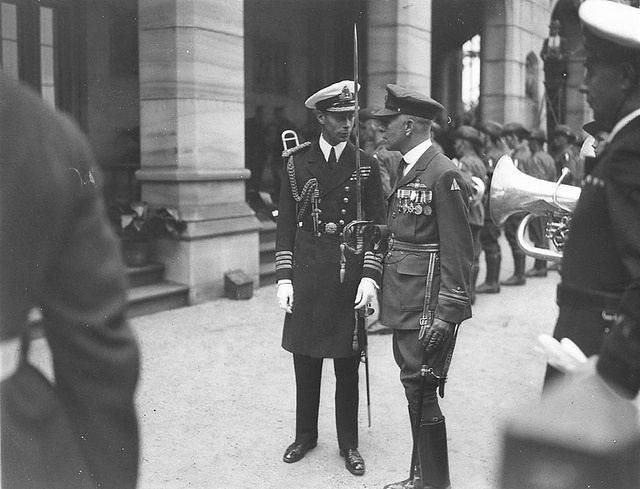 The Duke of York, in captain's uniform, meets decorated officer of the Flying Corps, Geoffrey F. Hughes, Government House, Sydney, 1927 / Sam Hood.  Find more detailed information about this photographic collection: http://acms.sl.nsw.gov.au/item/itemDetailPaged.aspx?itemID=7519.  From the collection of the State Library of New South Wales www.sl.nsw.gov.au