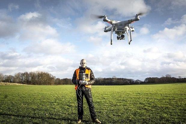 Droner fortæller nyheder fra 100 meters højde - Albertslund Posten