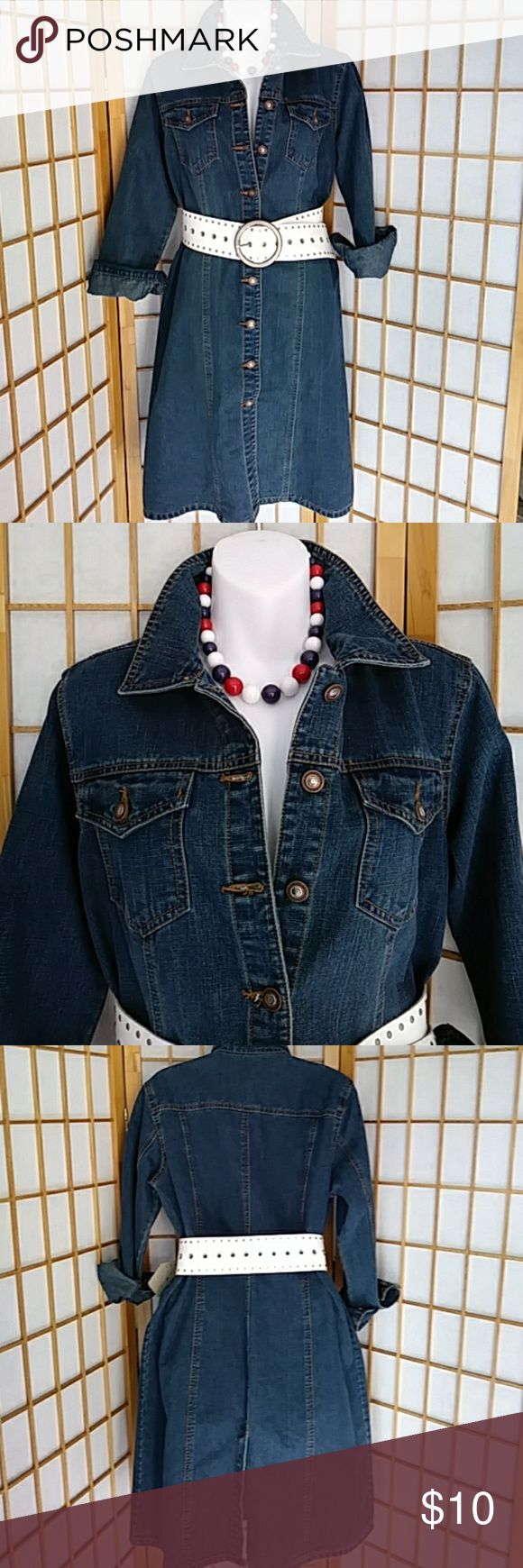Denim dress / coat Very versatile denim dress that come be worn as a coat, button front in good condition. Cotton & spandex blend Faded Glory Jeans