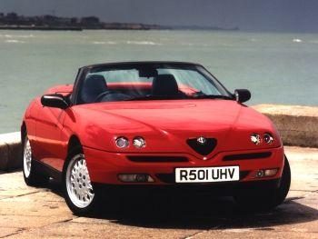 Alfa Romeo Spider UK-spec (916) '04.1996–09.1998