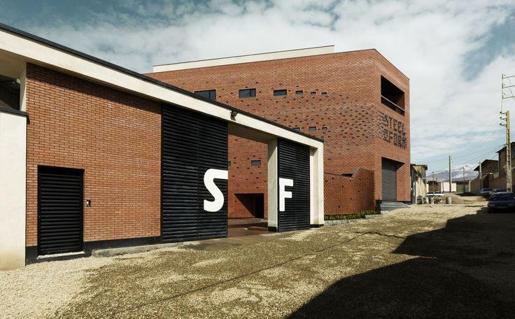 Aperture / Admun Design & Construction Studio