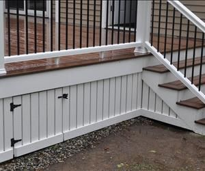 DIY: How to Install Deck Skirting and Fascia - this is a great tutorial and a pretty way to dress up your deck - via Decks.com