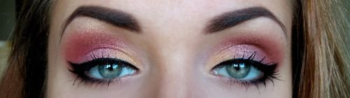 : Pink Eyeshadows, Colors Eyeshadows, Pretty Pink, Eye Shadows, Smoky Eye, Eyeshadows Art, Pink And Gold, Beautiful Eye, Gold Eyeshadows