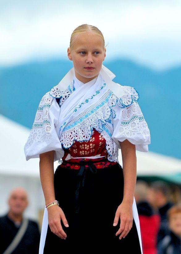 Slovak Girl - Folk Festival Vychodna