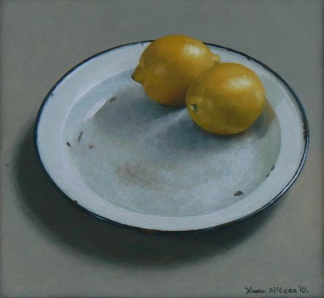 Diane McLean Two lemons on a white plate (2010), oil on board, 262 x 285 mm.