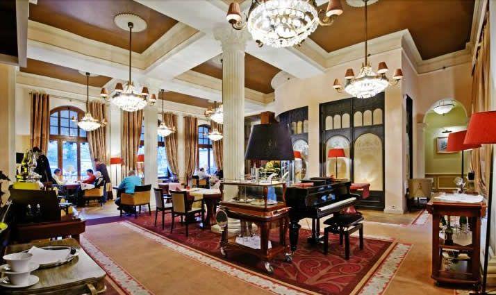 Cafe Resto w Hotelu Rezydent