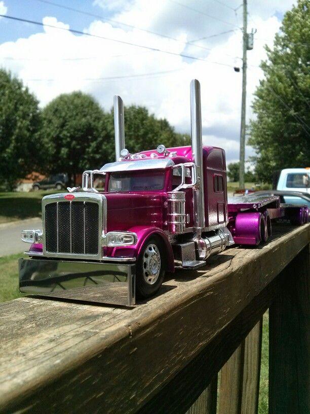 1/32 scale 389 peterbilt | Model trucks that I built ...