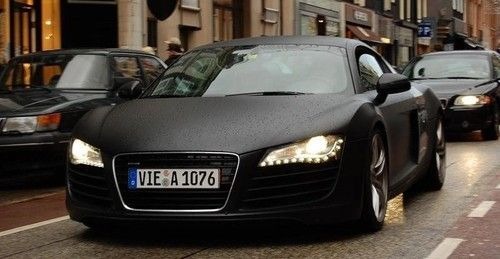 audi R8.  blacked out