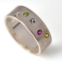 Ringen: Geboortesteen ringen - MamaKado: alles mooi voor moeders