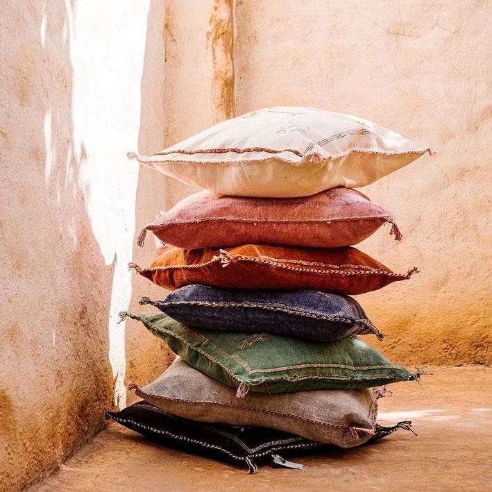 Cactus silk cushion