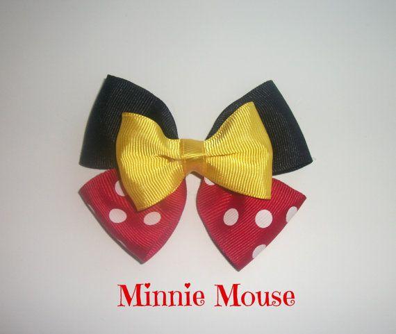 Arco del pelo del ratón de Minnie por OnceUponABowShop en Etsy                                                                                                                                                                                 Más