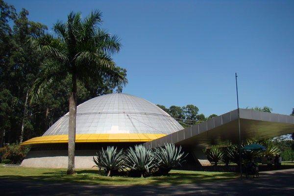 Planetário do Ibirapuera oferece programação diária gratuita