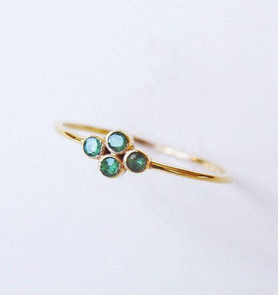 Smaragd Gold Ring Multistone von friedasophie auf Etsy