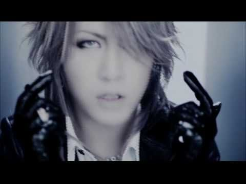 "The GazettE - ""The Invisible Wall"" - A song by The GazettE, and of course, they continue to do what visual kei does best - confuse people's sexuality -  Gotta love visual kei man..."