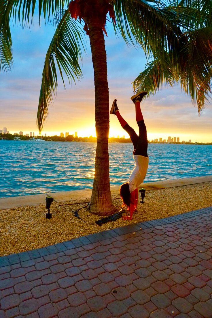 Yoga handstands MegForIt.com