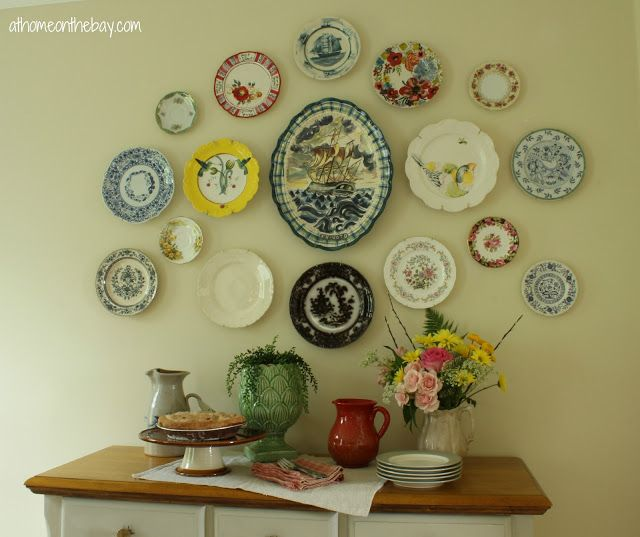 218 best plates used for wall display images on pinterest decorative plates dish sets and. Black Bedroom Furniture Sets. Home Design Ideas