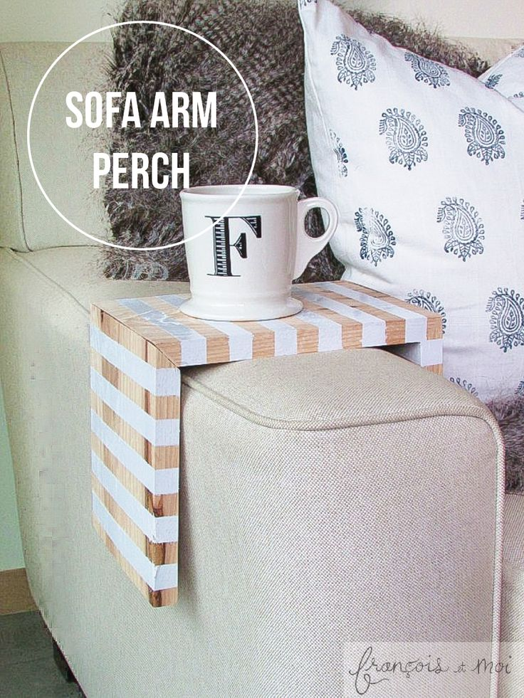 Make a space saving wooden perch for your sofa. Click for the tutorial!