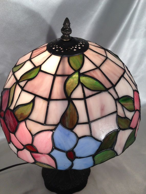 Dale Tiffany Table Lamp Dale Tiffany Tiffany Replica Table Lamp Floral Stained Glass Table Lamp Tiffany Table Lamps Table Lamp Vintage Lamps