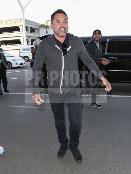 Oscar De La Hoya Sighted at LAX Airport in Los Angeles on November 29 2017