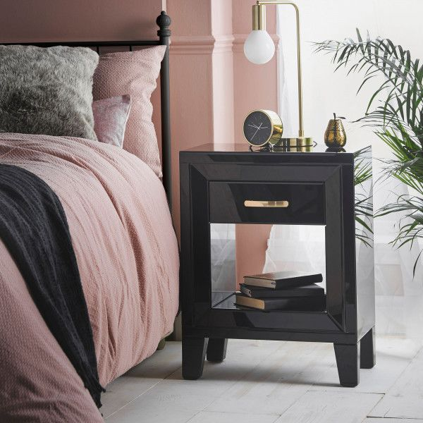 Black Mirrored Bedside Table With Drawer In 2020 Mirror Bedside