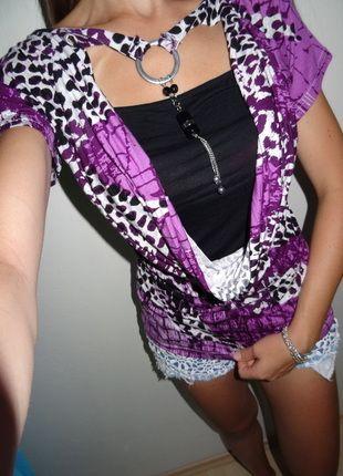 Kupuj mé předměty na #vinted http://www.vinted.cz/damske-obleceni/s-kratkym-rukavem/9417471-leopardi-fialovo-cerna-halenka-s-priveskem
