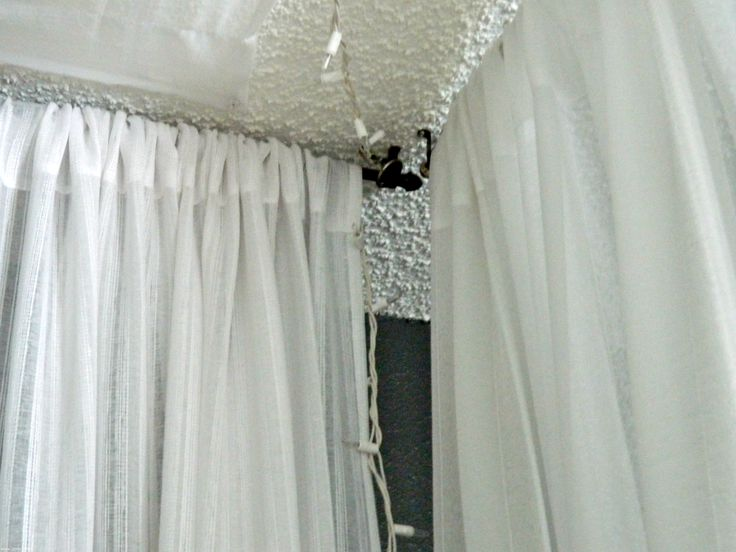 17 best ideas about canopy bed curtains on pinterest bed with curtains bed curtains and - Ideas for canopy bed curtains ...