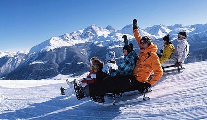 Planning a trip from Delhi to Manali. Book from variety of Delhi Manali Volvo Packages available with manali Shimla Package and enjoy the tour. Call us today to get the best deals and amazing offers.