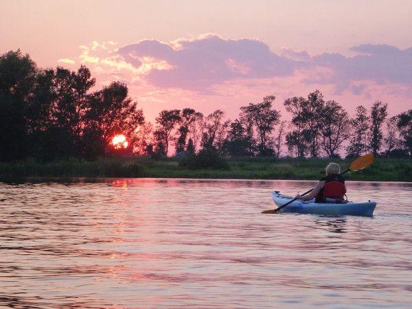 Guided Moonlight Tour at Grand River Kayak, Dunnville, Ontario, Canada. Guided Grand River and Lake Erie trips near Hamilton, Niagara, Toronto, Norfolk, London.
